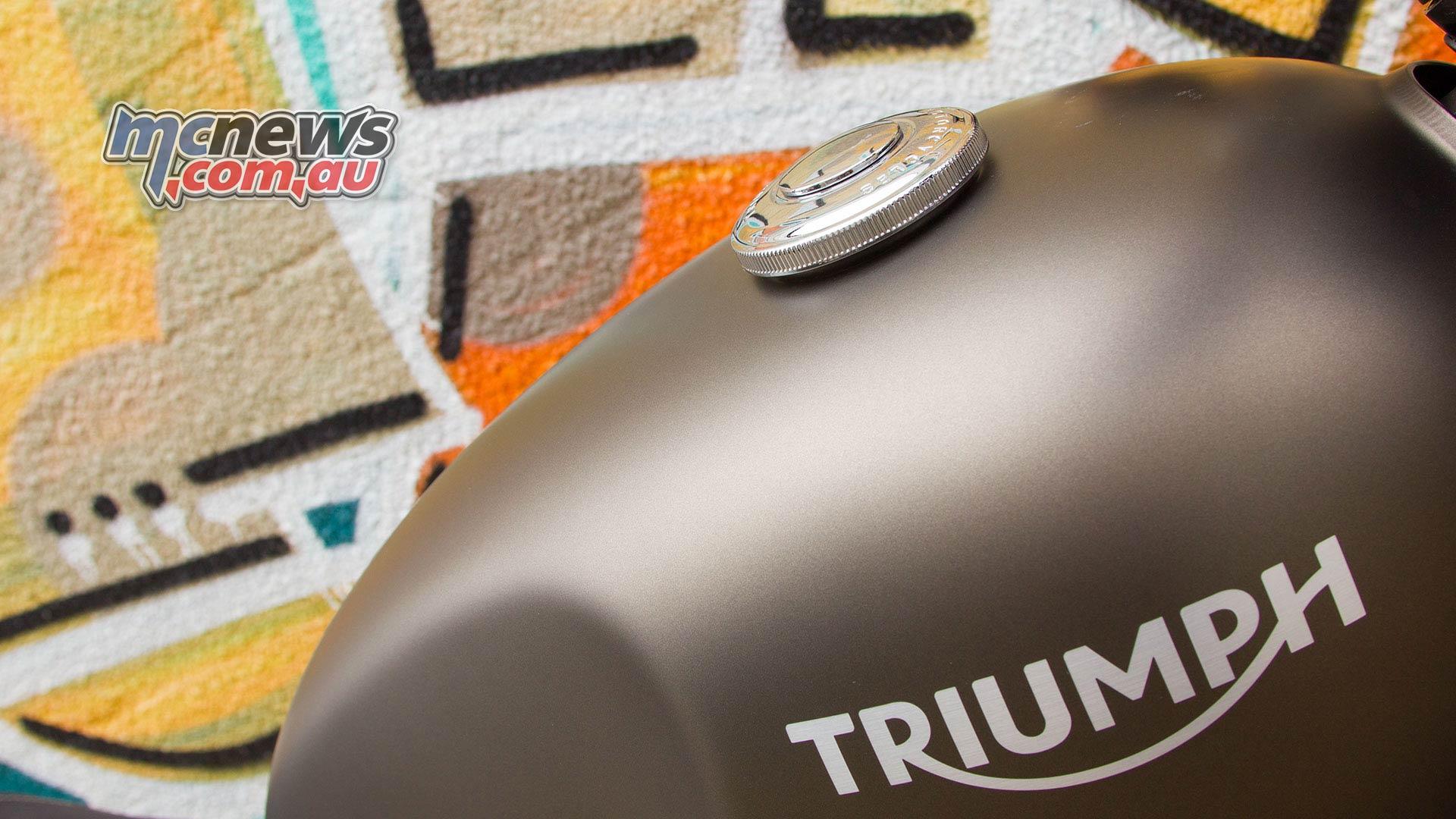 Triumph Street Twin Pics
