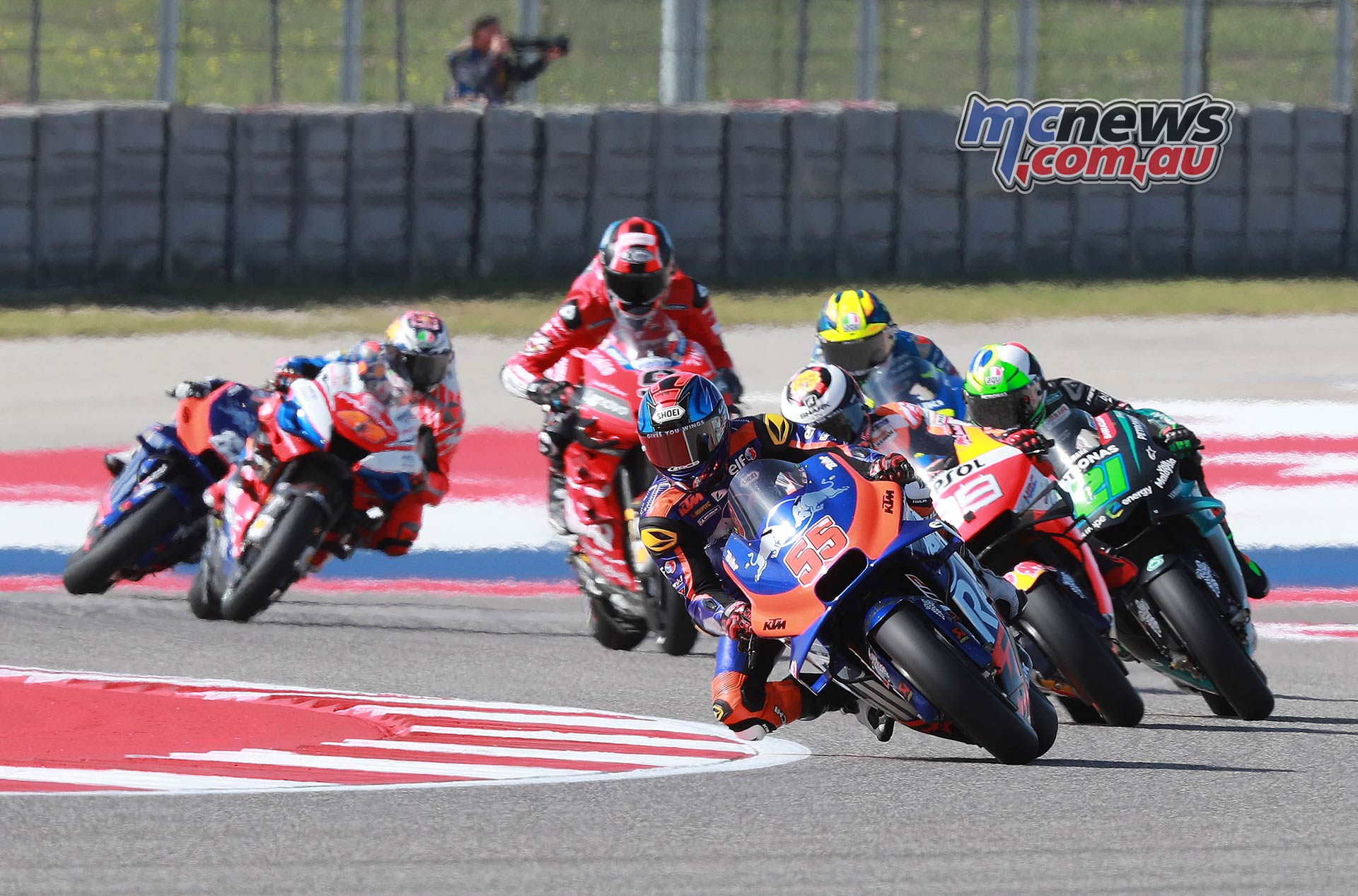 Marquez scores pole for COTA ahead of Rossi & Crutchlow ...