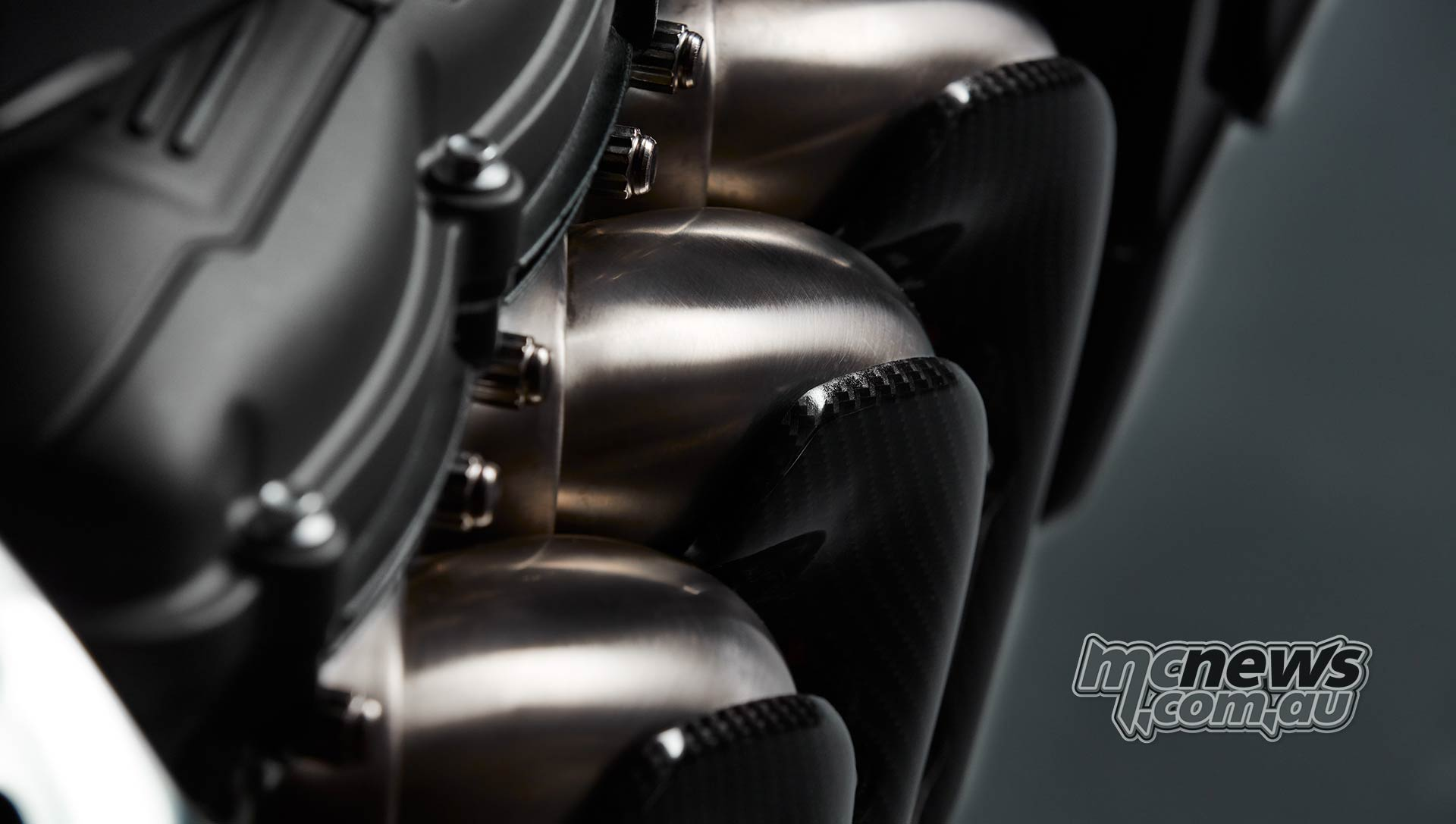 Triumph Rocket TFC Header