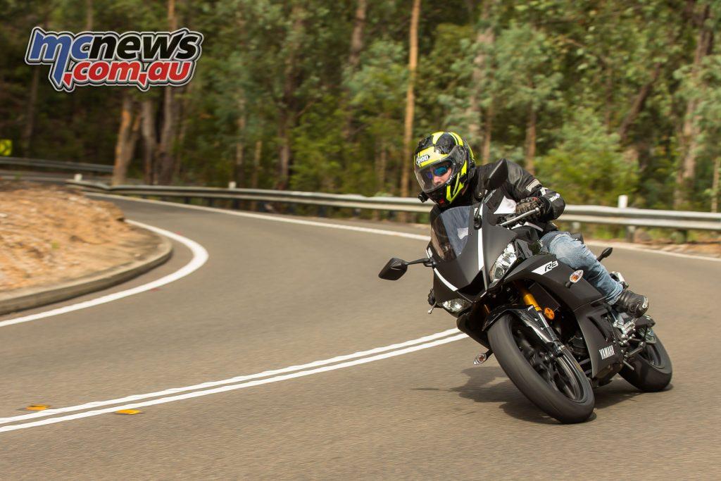 Yamaha YZF R iK