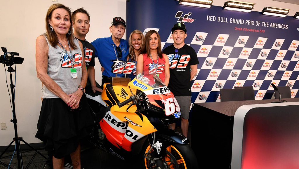 Nicky Hayden Hayden family with his Championship winning machine