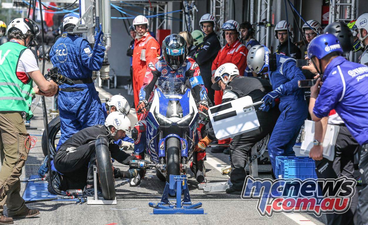 Hours of Slovakia Ring POits FCC TSR Honda Josh Hook