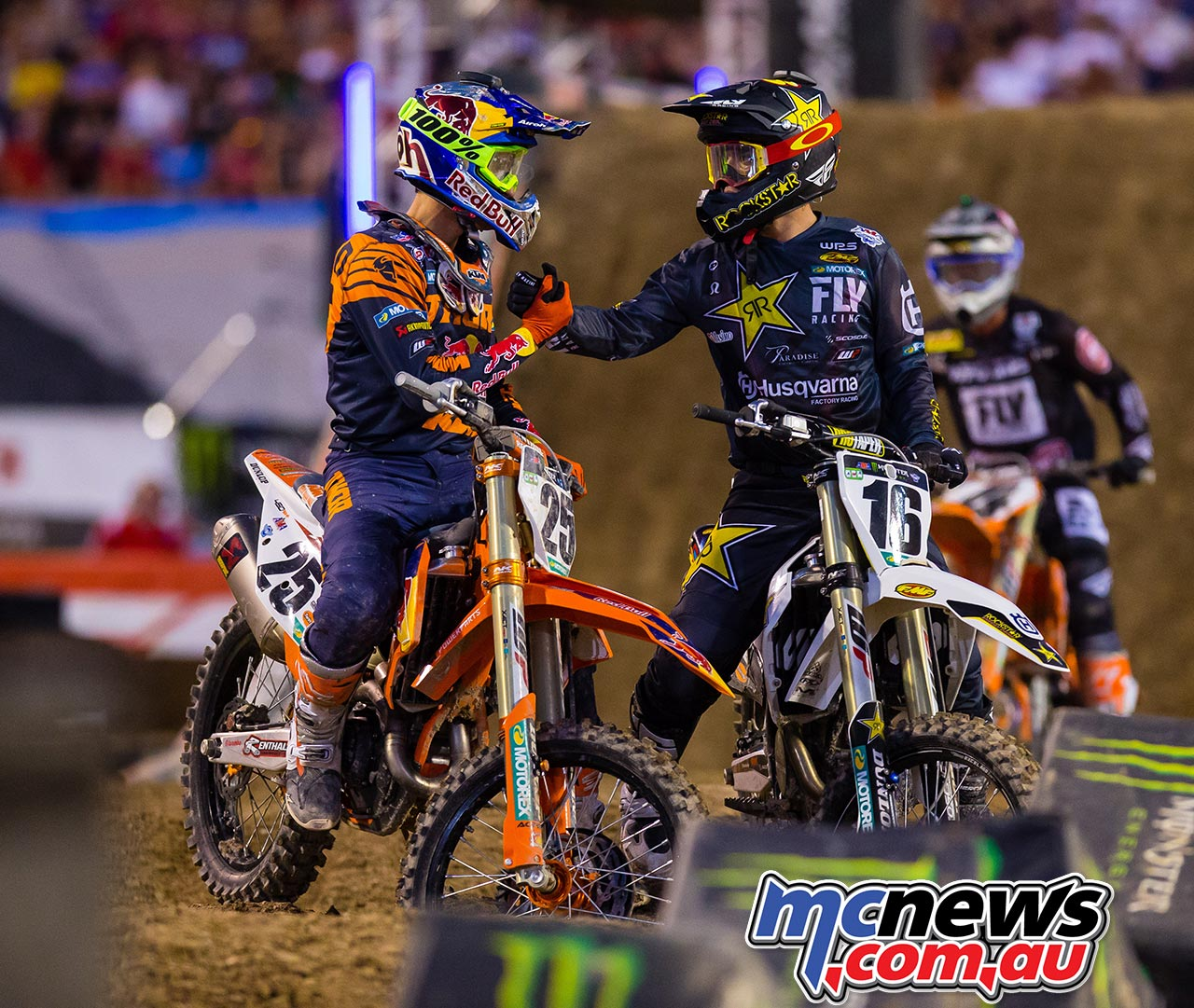 AMA Supercross FInal Musquin Osborne Multiple JK SX Vegas