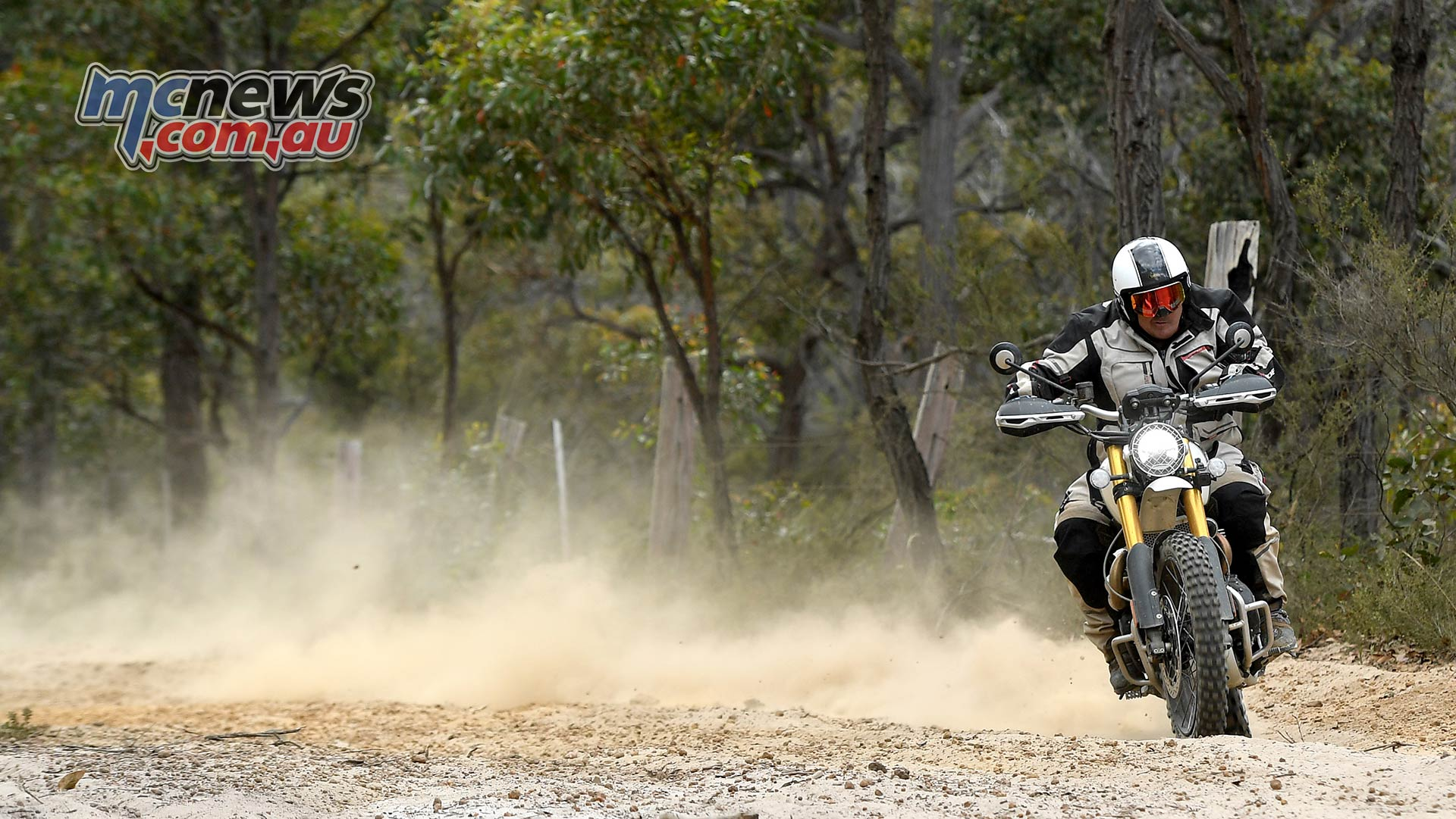 Triumph Scrambler XE Trev Dirt Cover