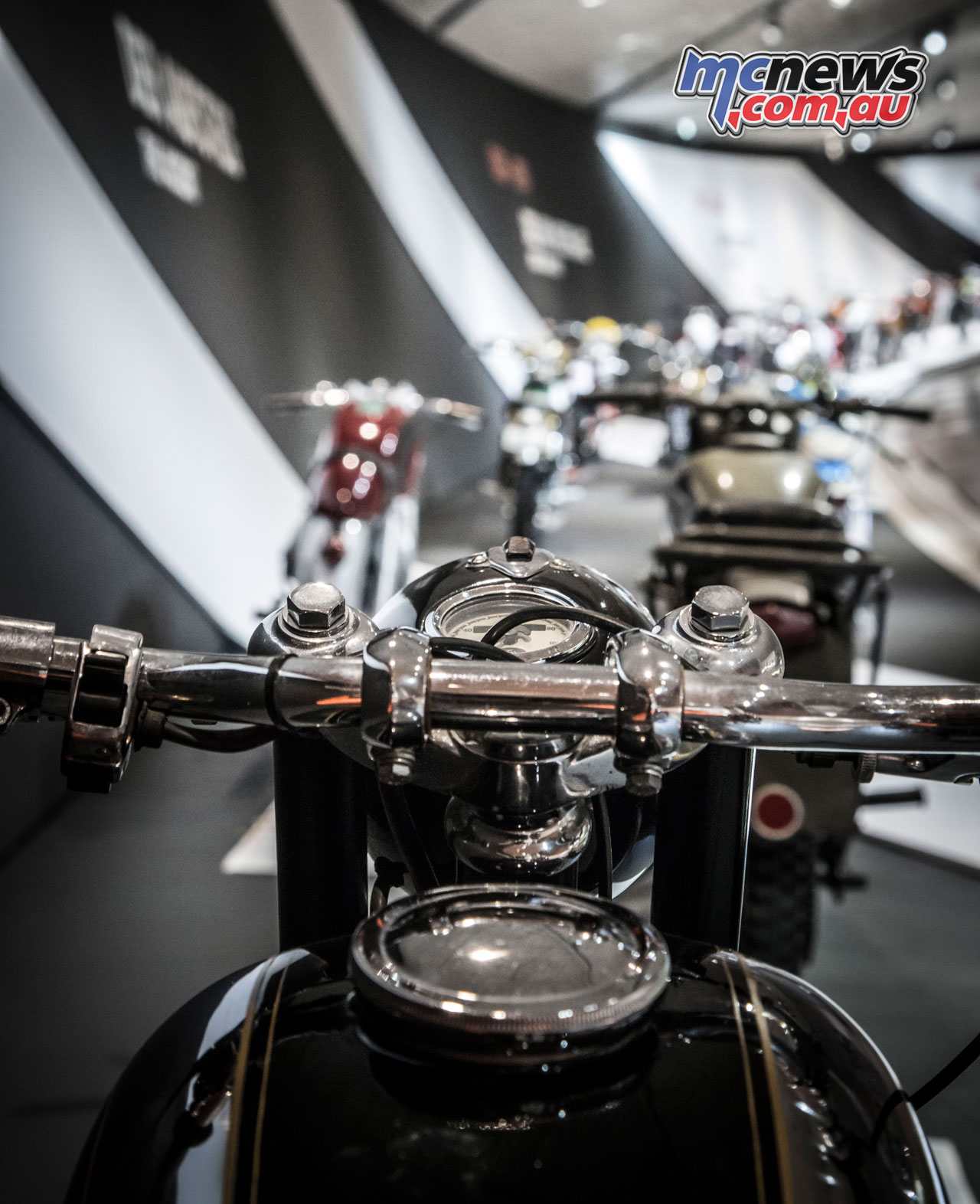 KTM Motohall April cAnnaLarissa