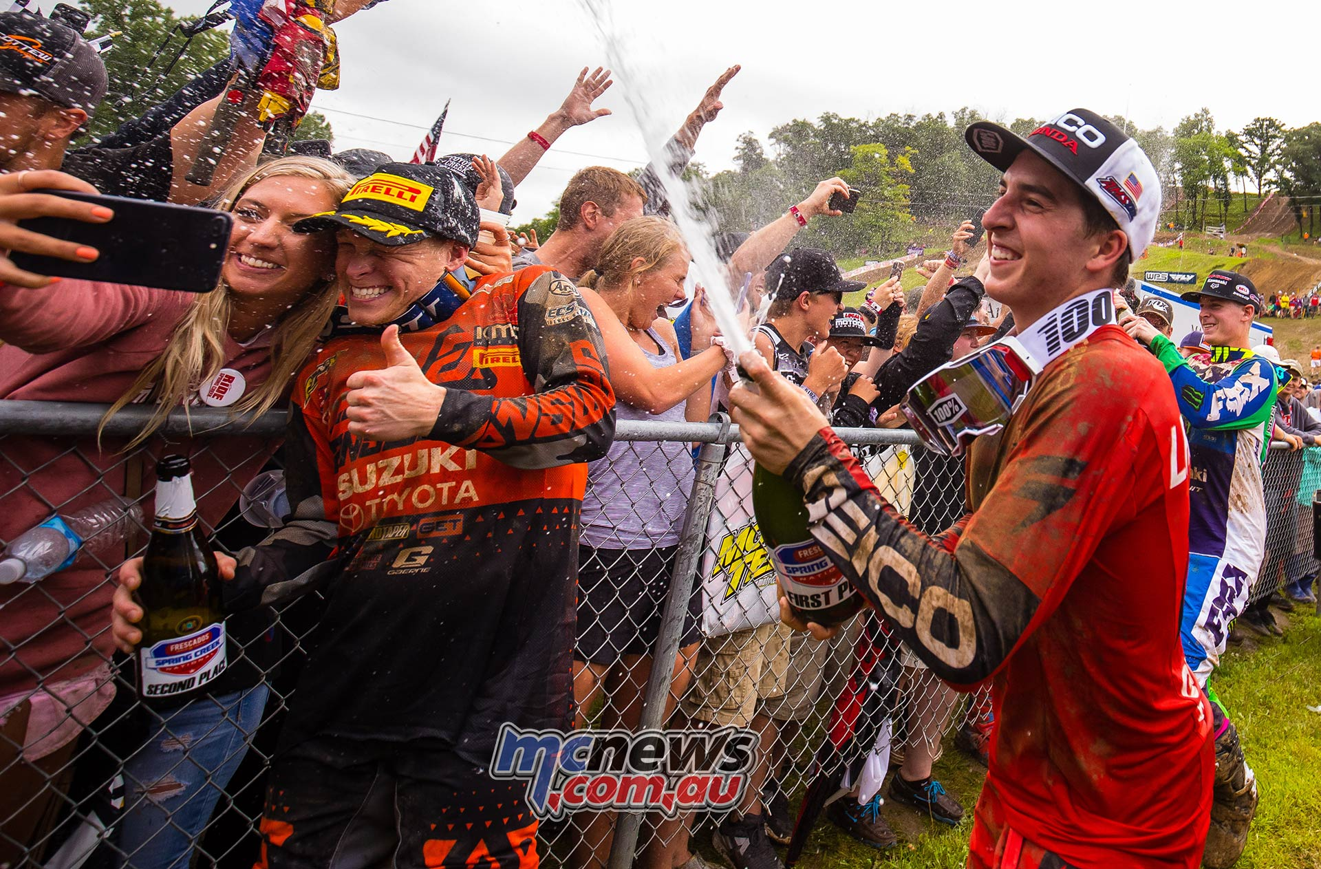 AMA MX SpringCreek Hunter Lawrence Spray