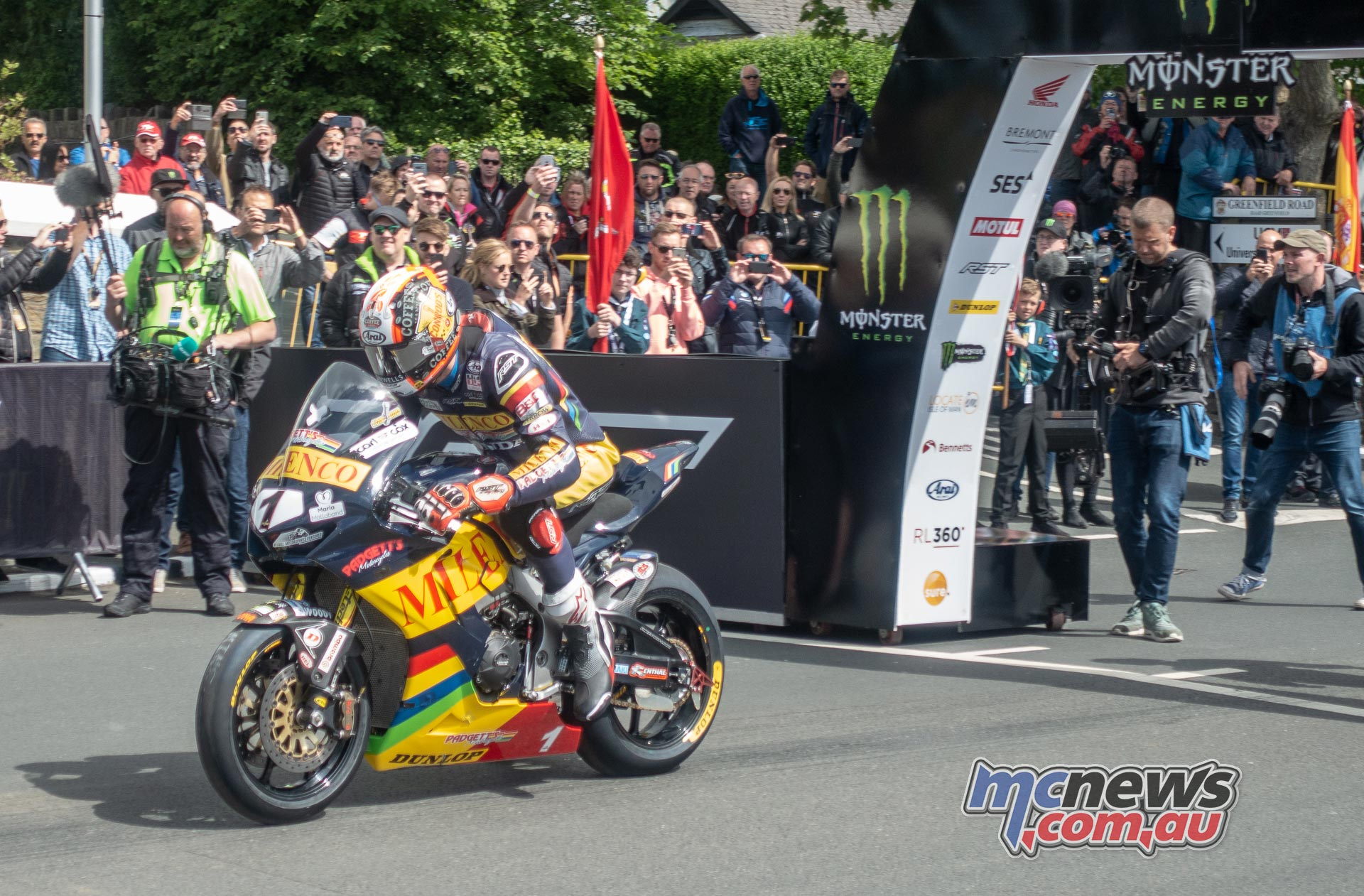 IOMTT Superbike Race Start Conor Cummins