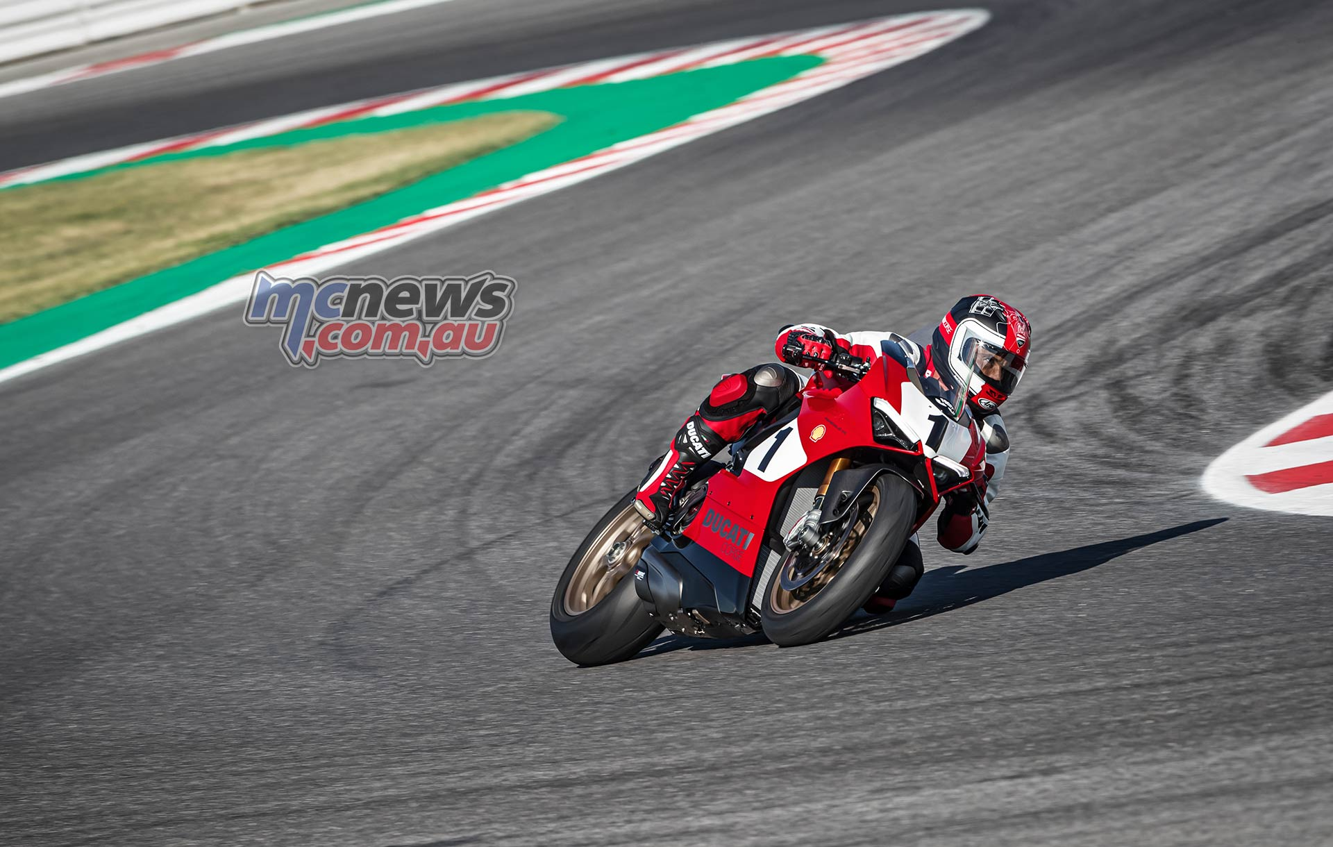 Ducati Panigale V th Anniversary Action