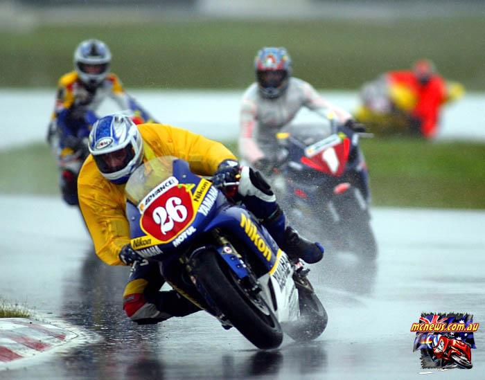 ASBK Superbike Winton Stauffer Giles Curtain