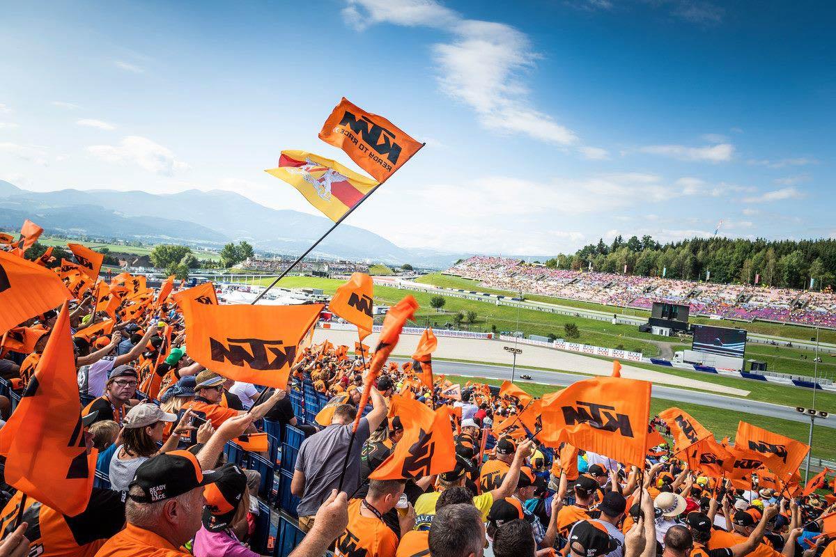 Austria Pre KTM Crowd