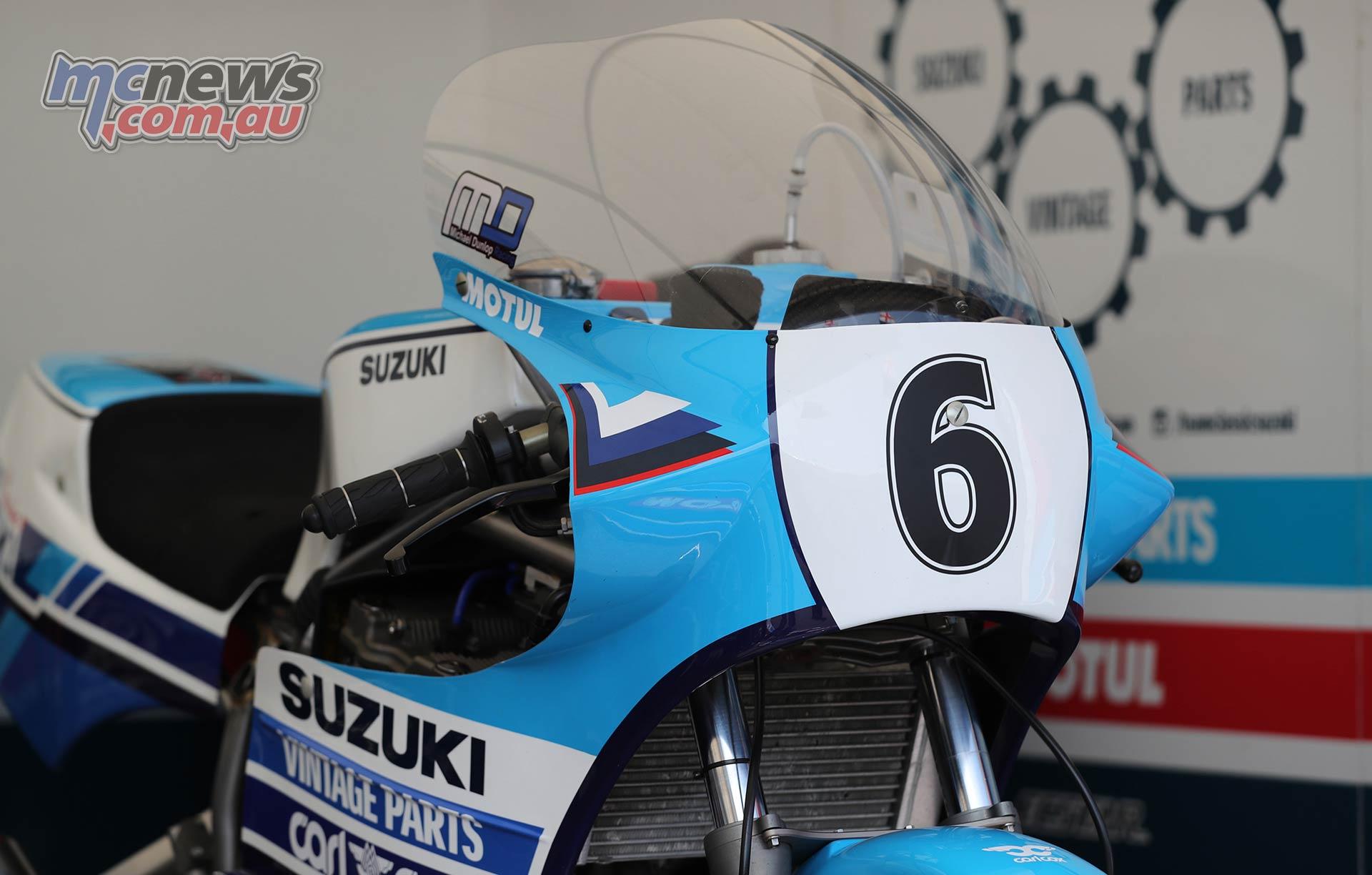 Classic TT PracticeQ Dunlop Suzuki