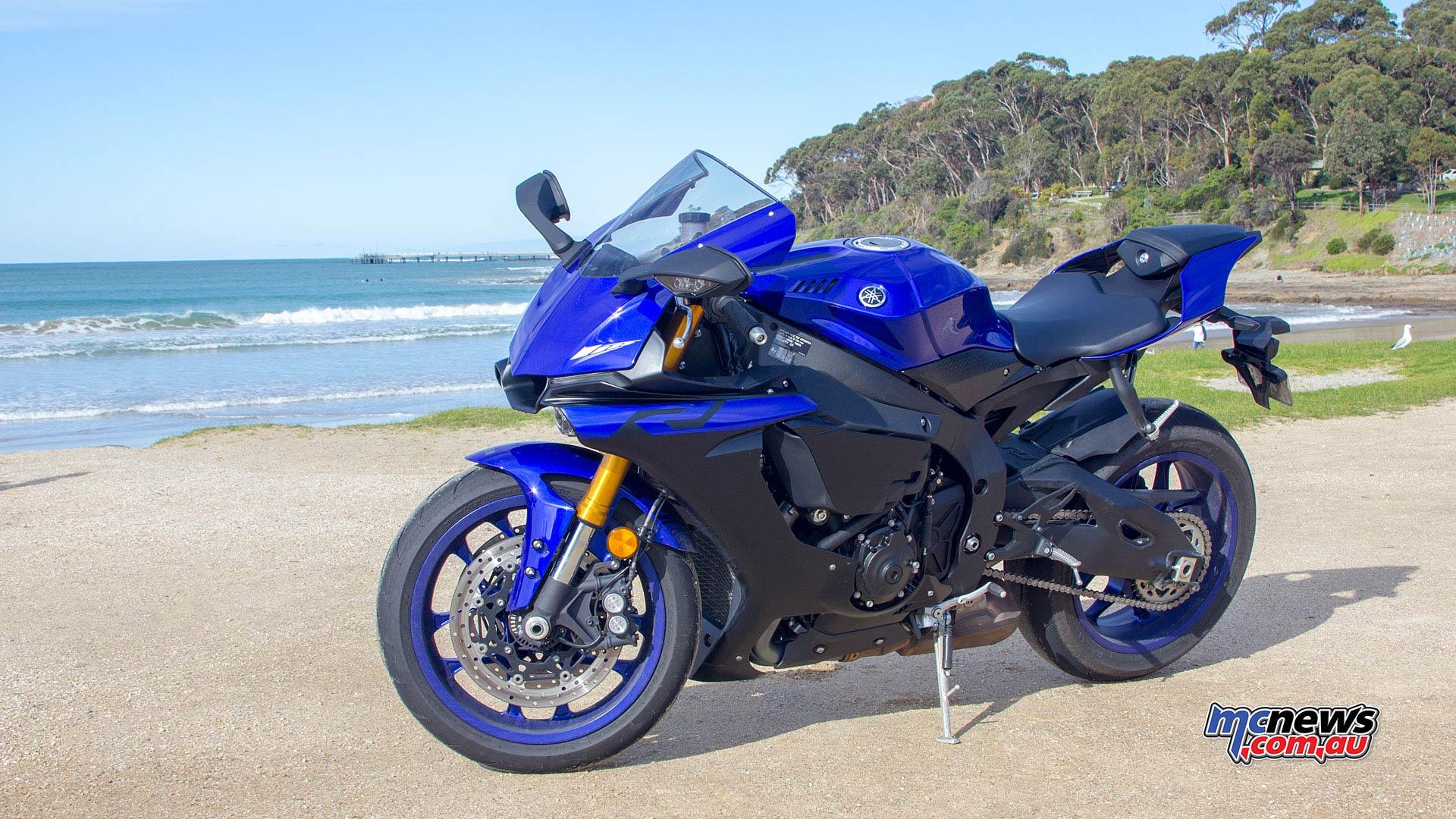 Yamaha YZF R WVimage Rpics b