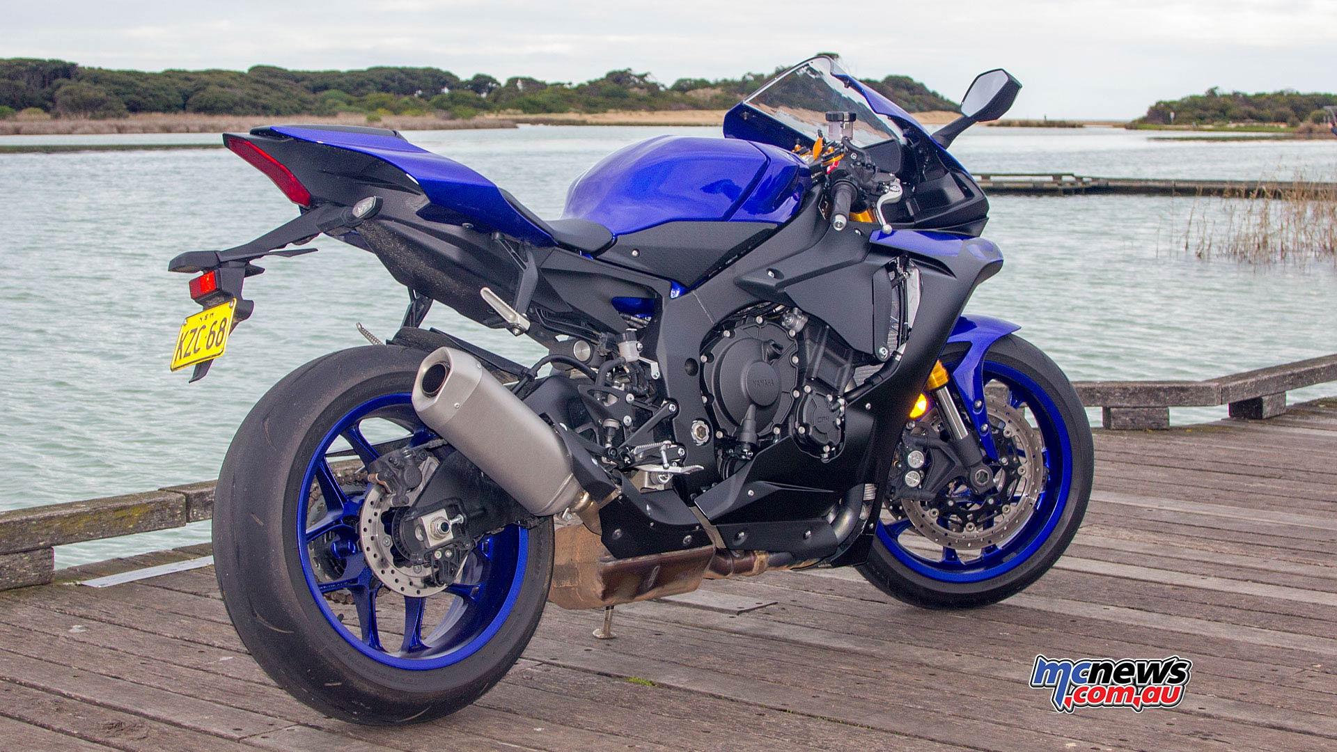 Yamaha YZF R WVimage Rpics d