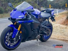Yamaha YZF R WVimage Rpics j