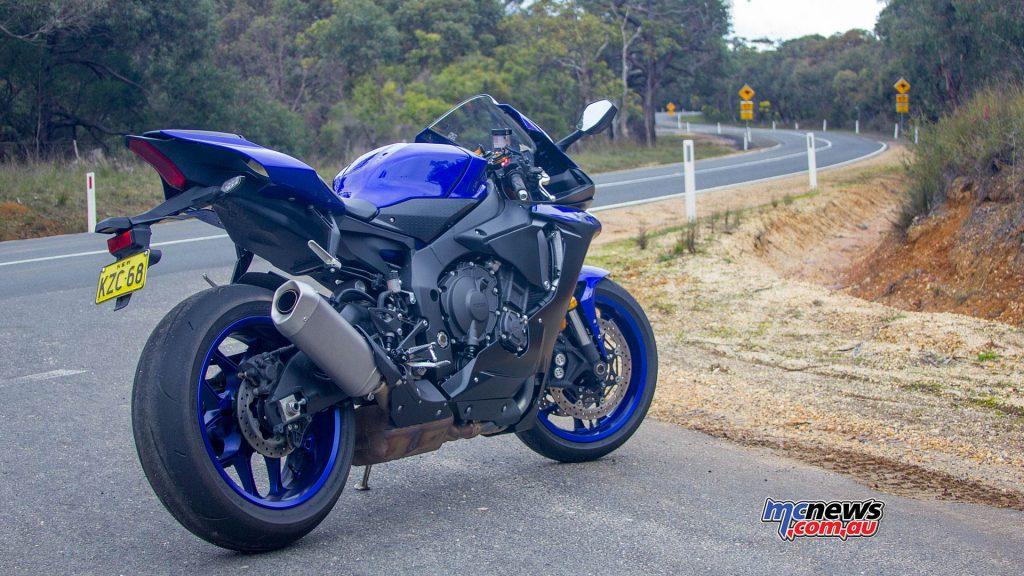 Yamaha YZF R WVimage Rpics l