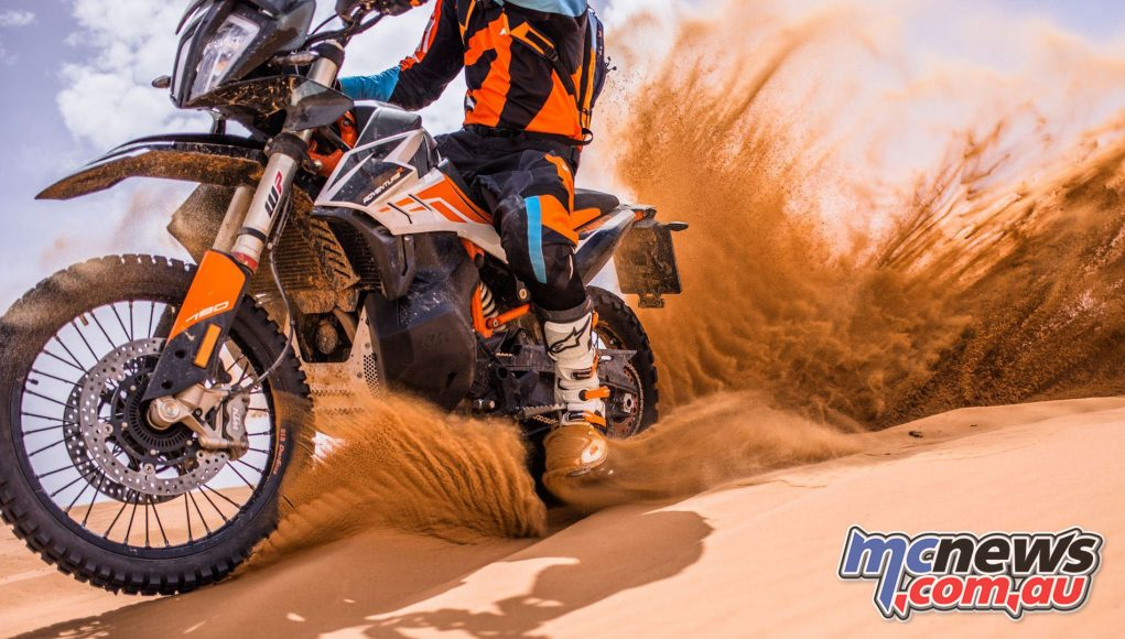 KTM ULTIMATE RACE Image One