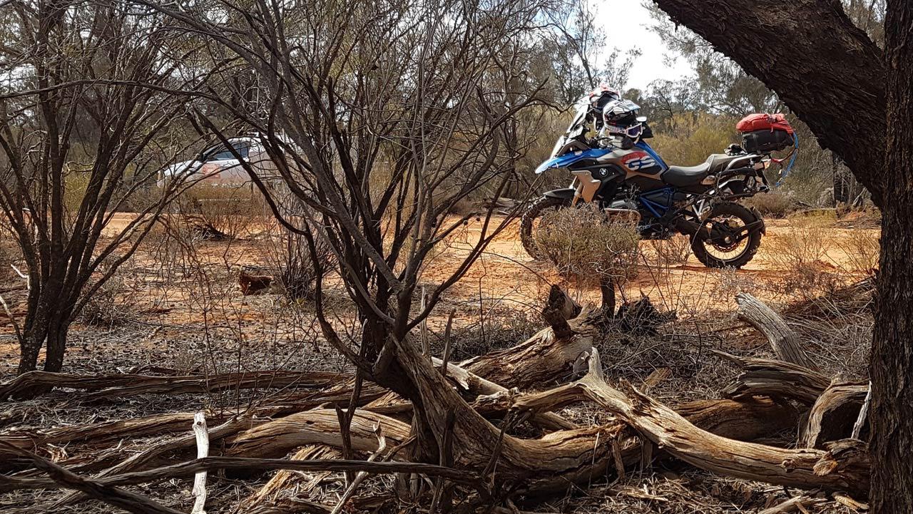 BMW GS Safari Enduro Shaun Terblanche Day Danggali trackside