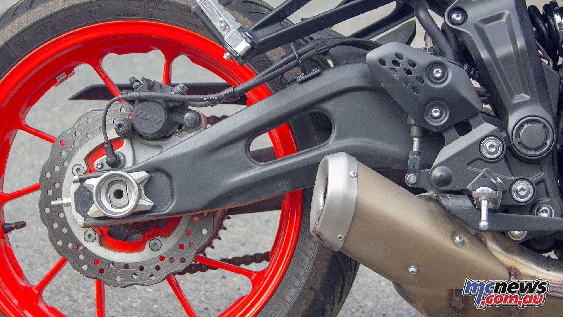 Yamaha MT Review MTpicse
