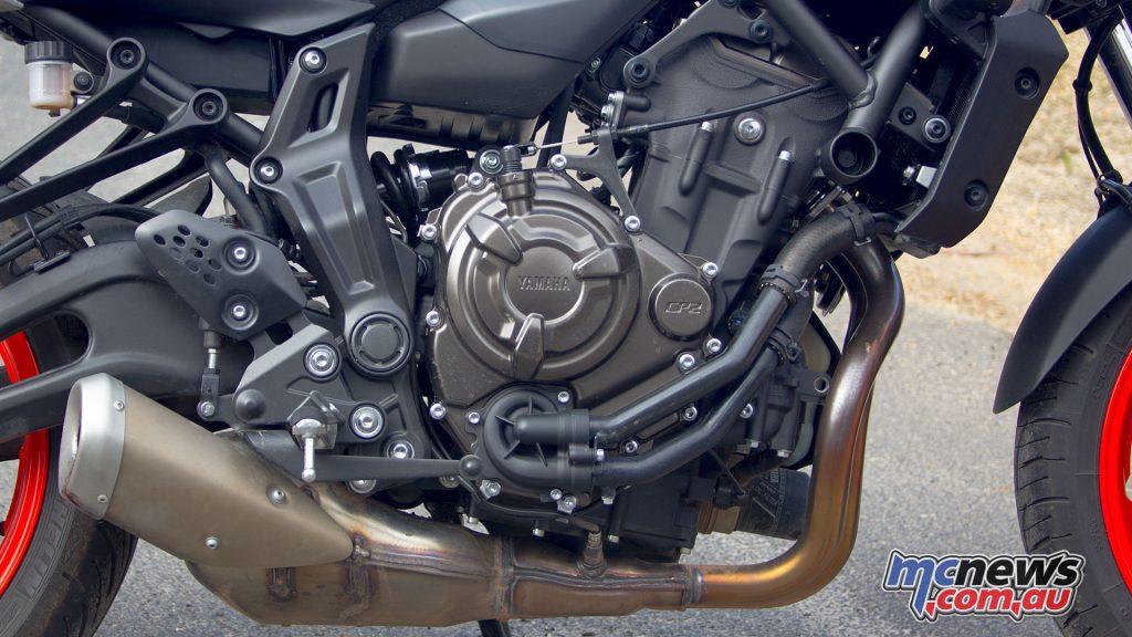 Yamaha MT Review MTpicsf