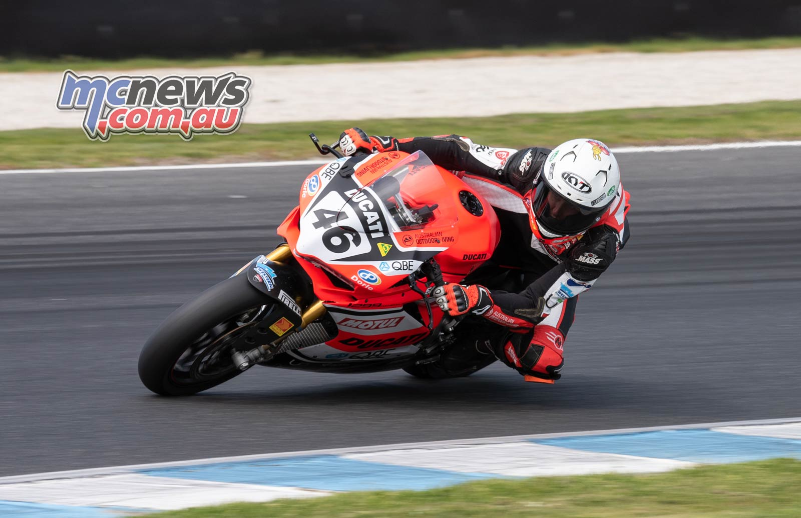 ASBK Rnd PI RbMotoLens SBK FP Mike Jones