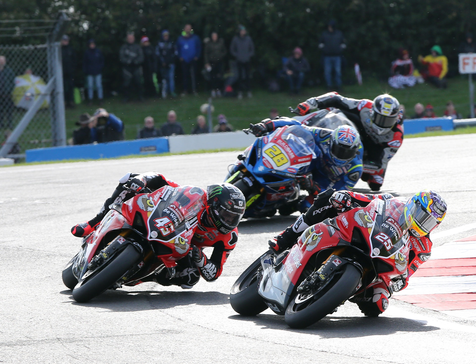 BSB Rnd Donington DYeomans Brookes Redding AROA