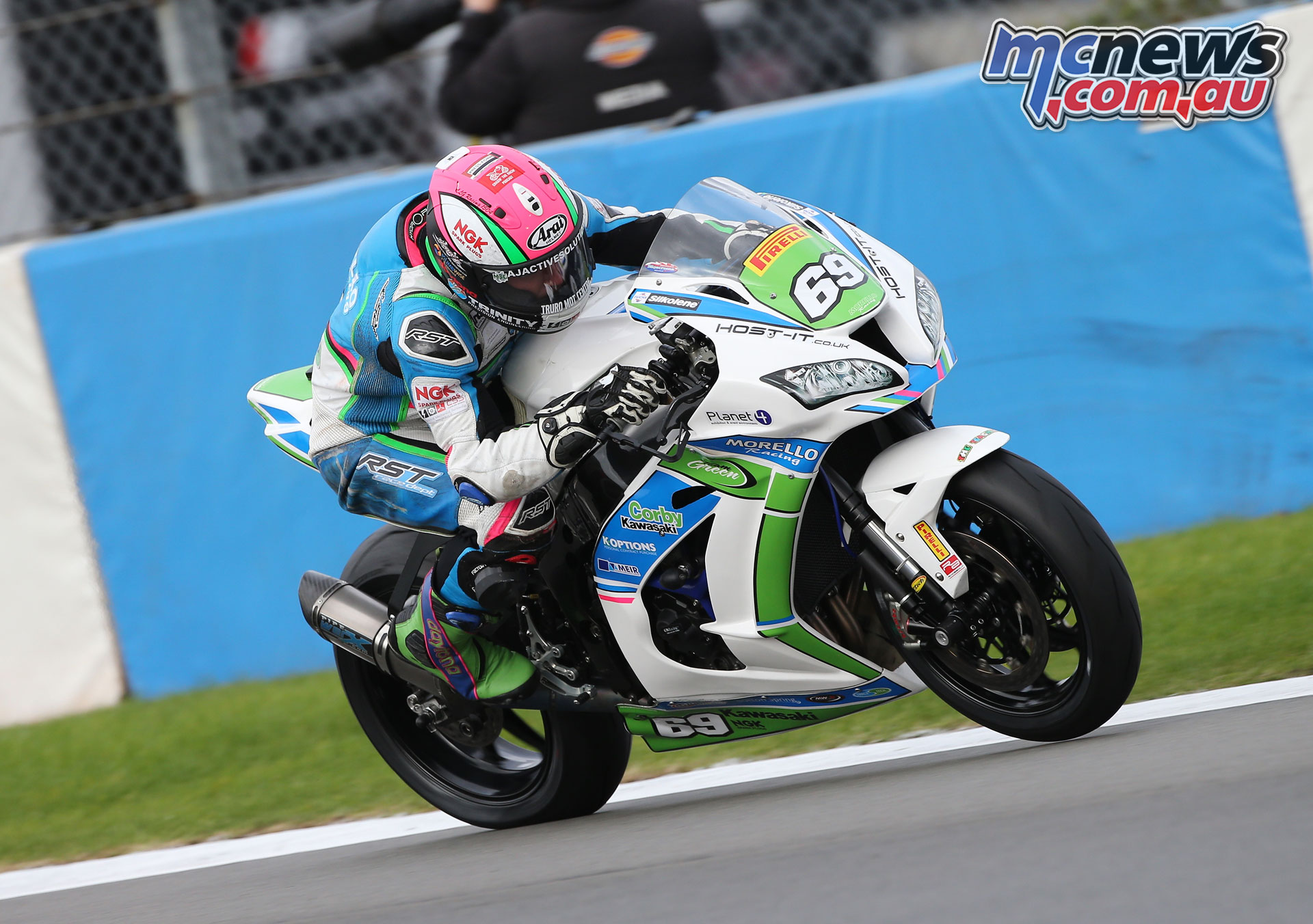 BSB Rnd Donington DYeomans STK Chrissy Rouse AROA