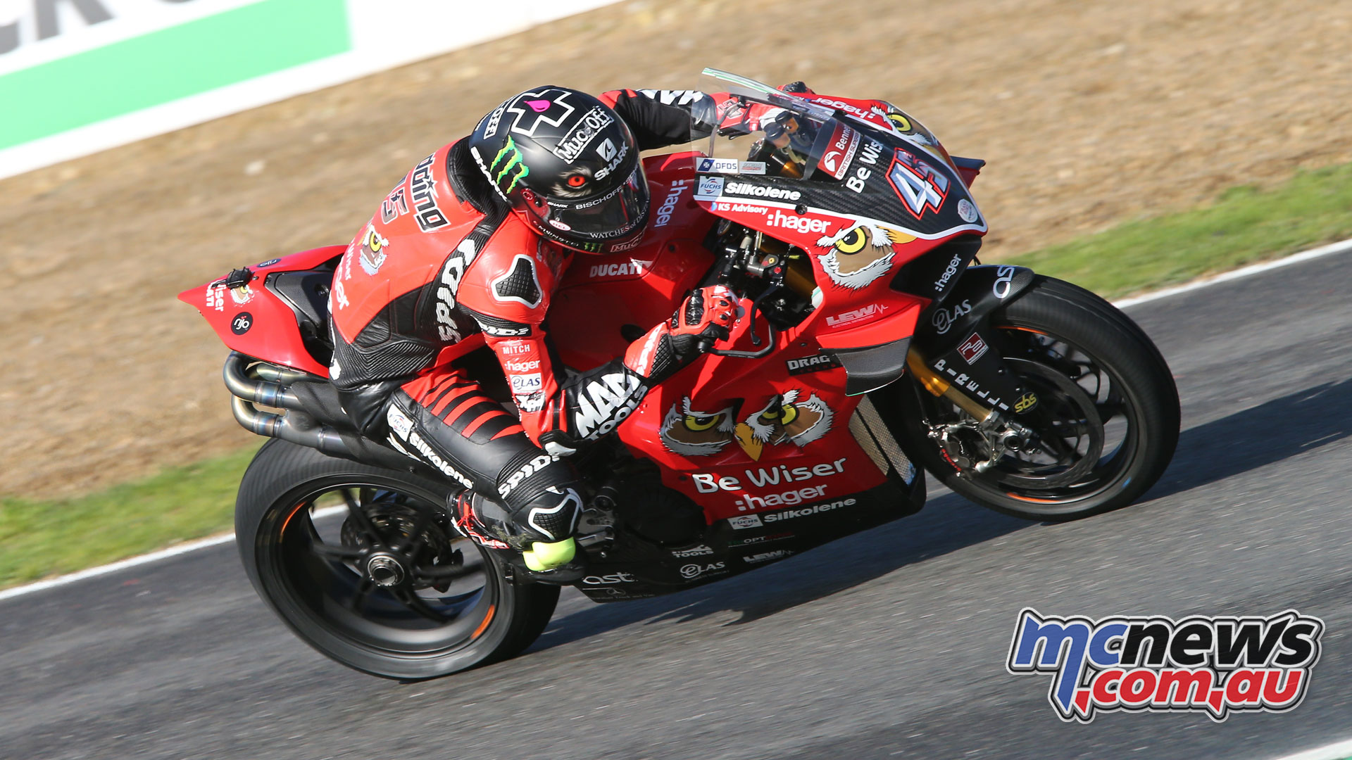 BSB Rnd Brands Hatch Scott Redding AROA