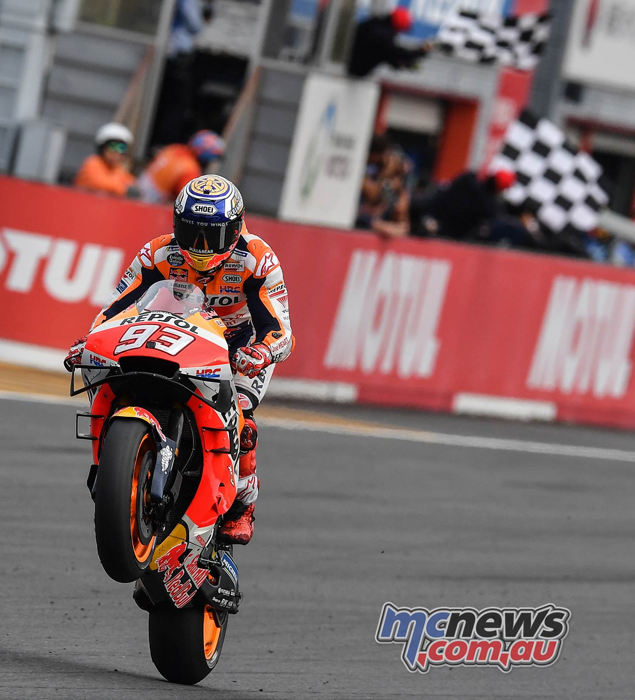 MotoGP Motegi Race Marquez Flag