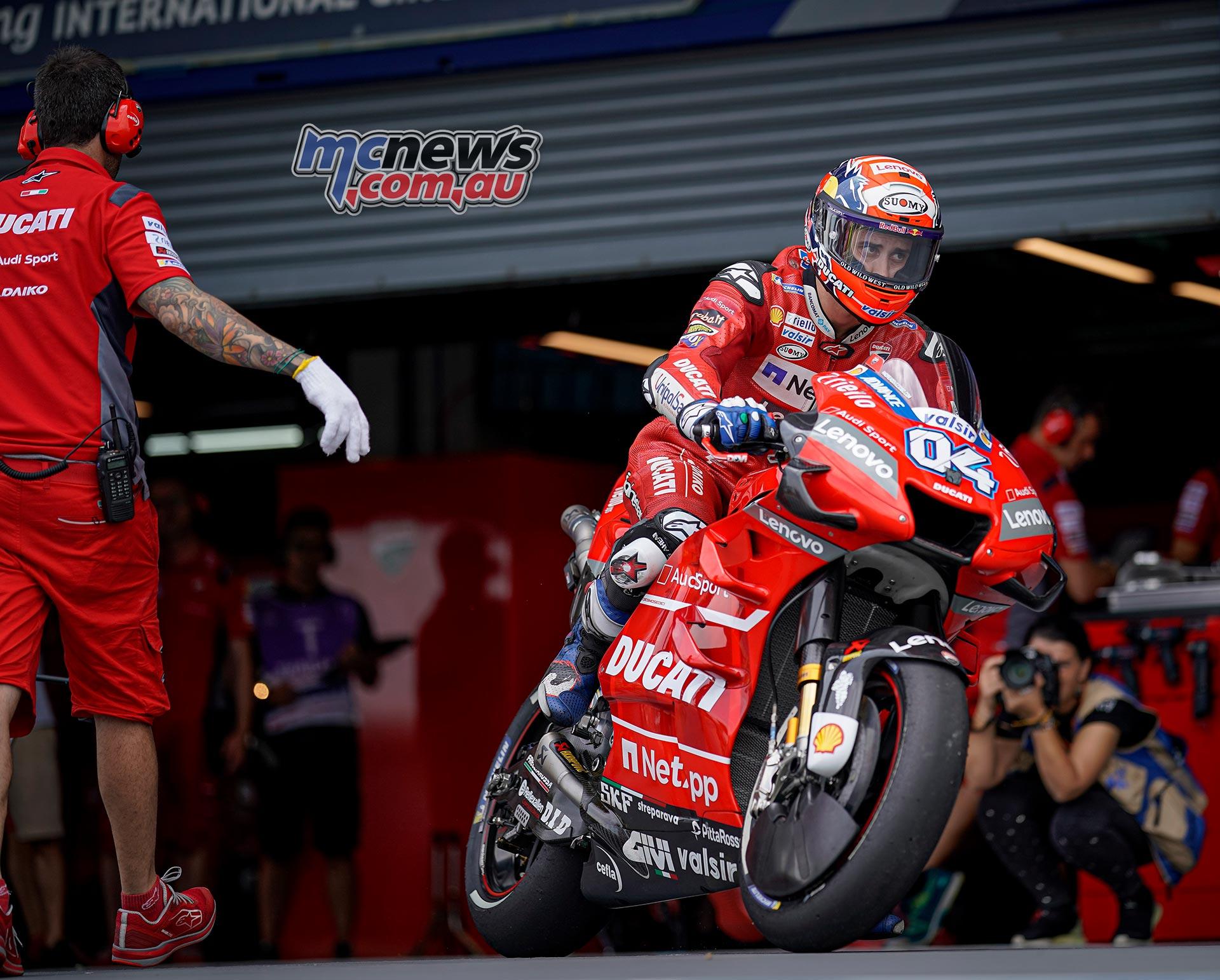 MotoGP Rnd Thailand QP Dovizioso Pit