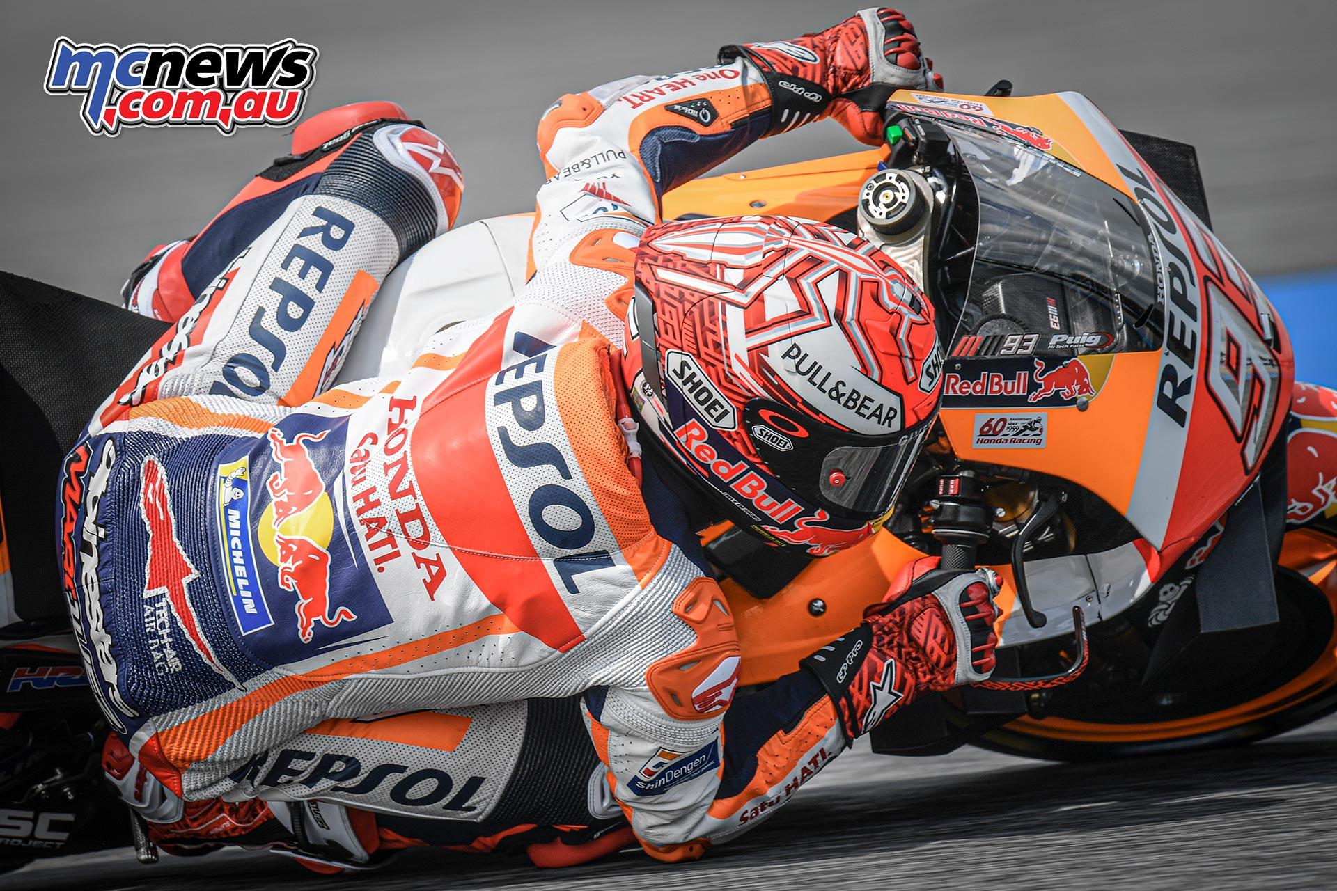 MotoGP Rnd Thailand QP Marquez Close