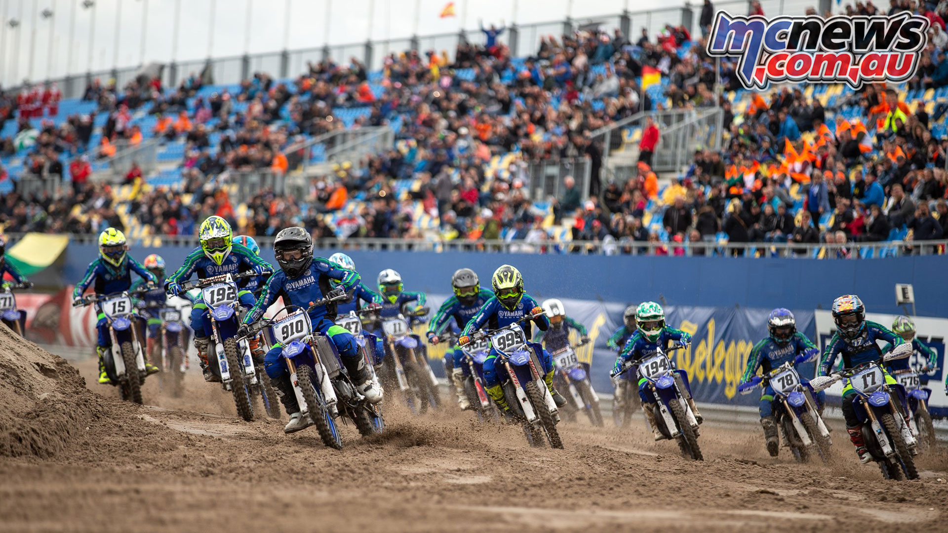 YZ bLU cRU SuperFinale