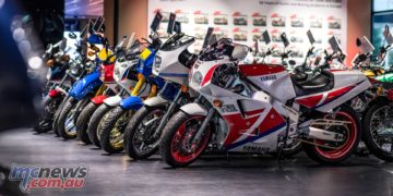 Yamaha Europe Collection FZR