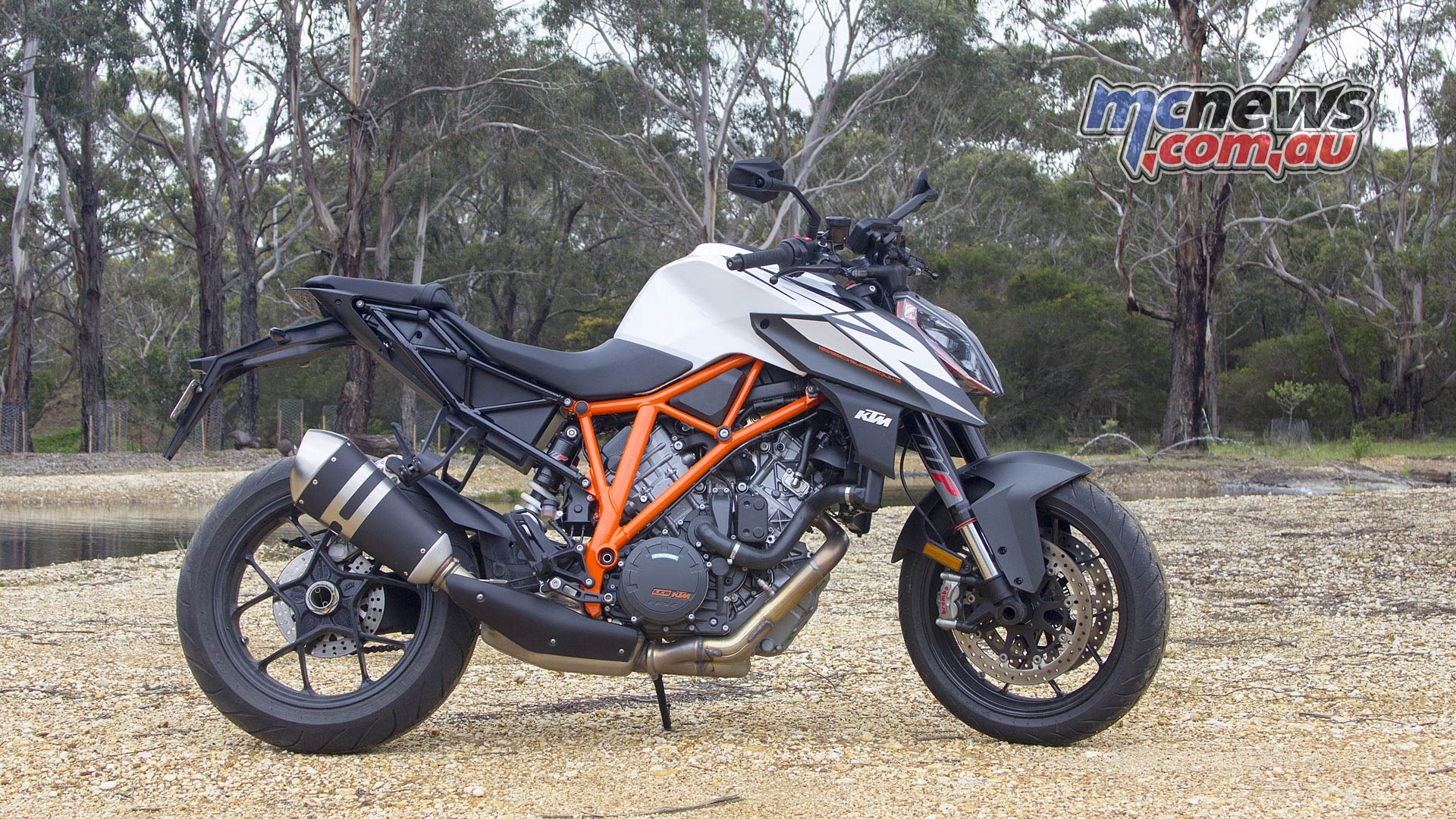 2019 Ktm 1290 Super Duke R Review Motorcycle Test Mcnews
