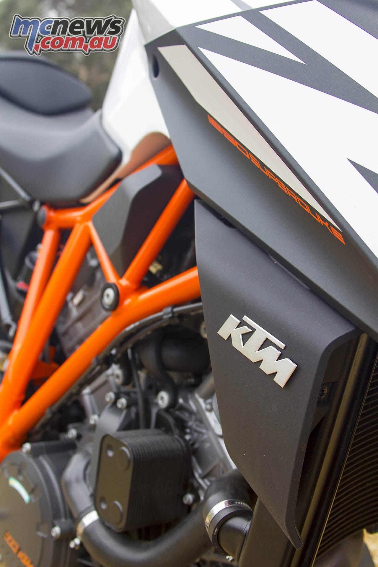 KTM SDR WV