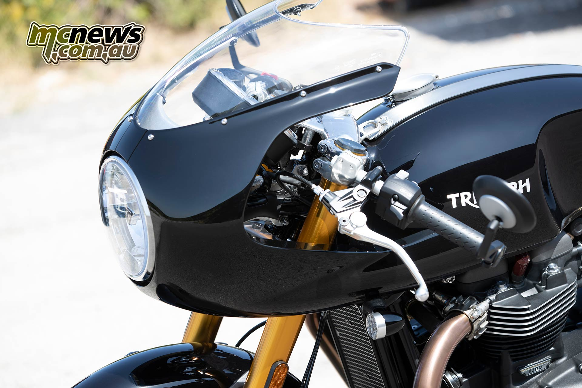 Triumph Thruxton RS Accessories Dolphin Fairing