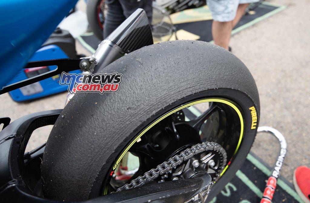 ASBK Rnd SMP RbMotoLens SBK R Wayne Maxwell Tyre