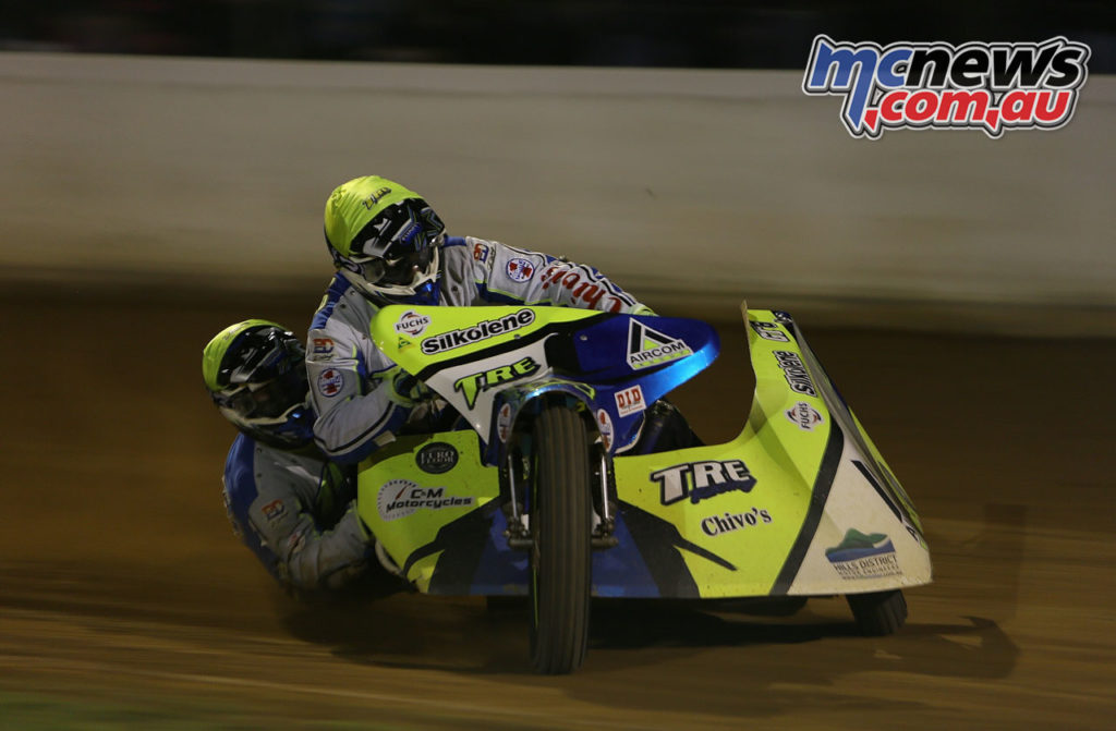 FIM Oceania Speedway Sidecars Champs to Gillman March Sidecars Treloar