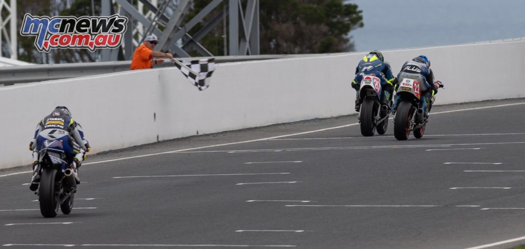 IIC Phillip Island RbMotoLens IC R Jed Metcher Leads from Alex Phillis