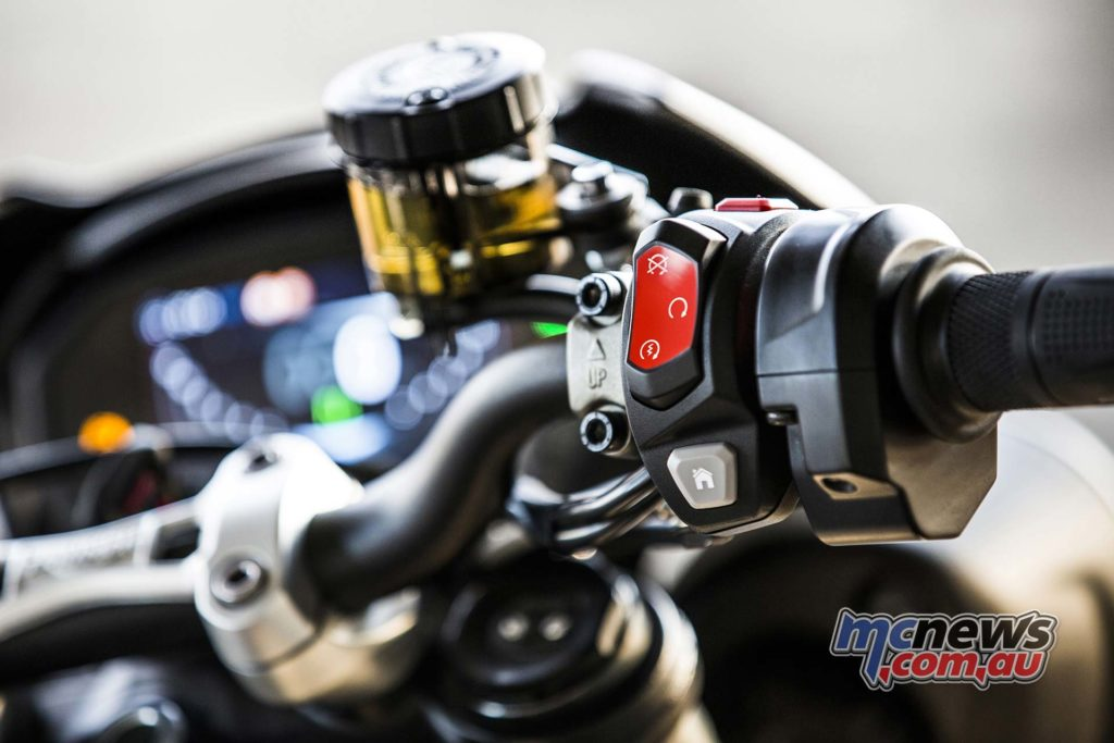Triumph Street Triple RS Switches