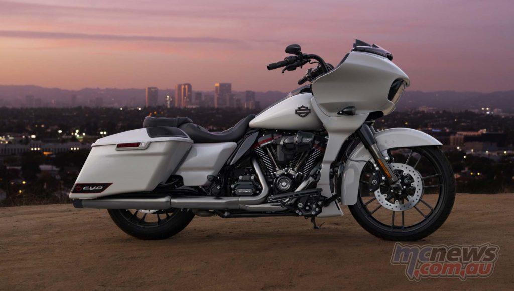 Harley Davidson CVO Road Glide CityScene