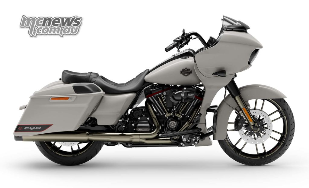 Harley Davidson CVO Road Glide RHS