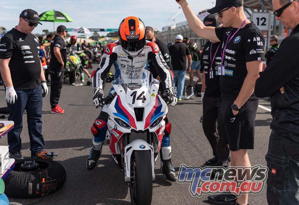 WSBK Rnd Phillip Island RbMotoLens ASBK Race Grid Glenn ALLERTON