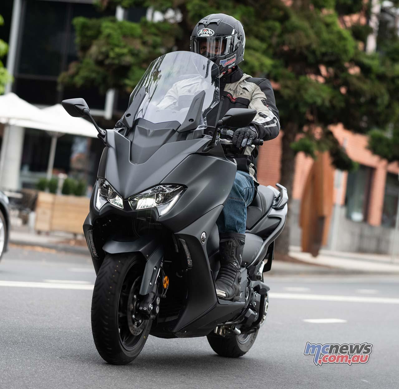 Yamaha TMax RbMotoLens