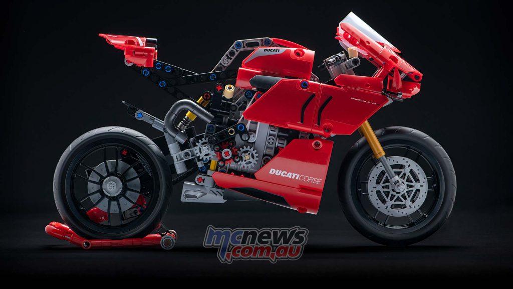 Ducati Panigale V R LEGO Technic UC High