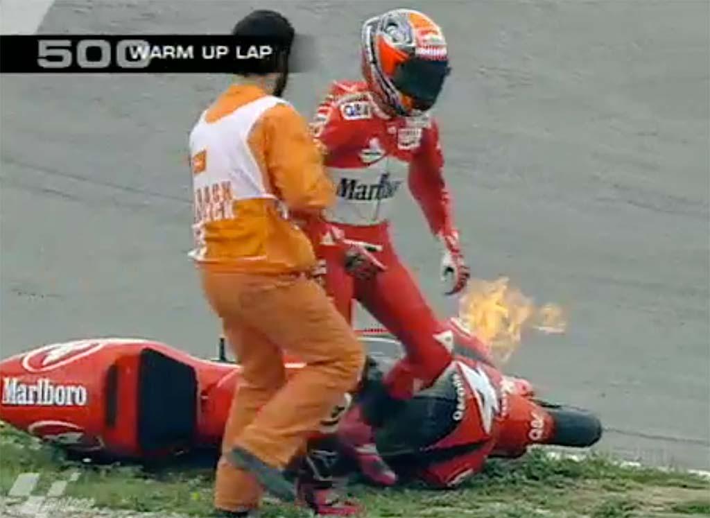 MotoGP Rnd Jerez Warm up Biaggi Fire