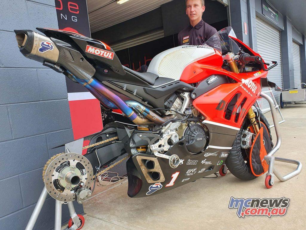 DesmoSport Ducati VR Rnd Swingarm Termi