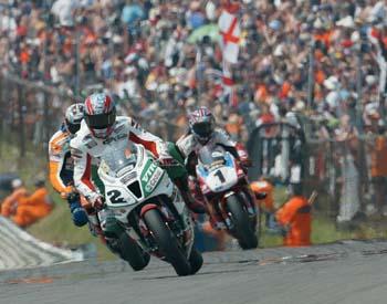 WorldSBK Rnd Brands Hatch Action p