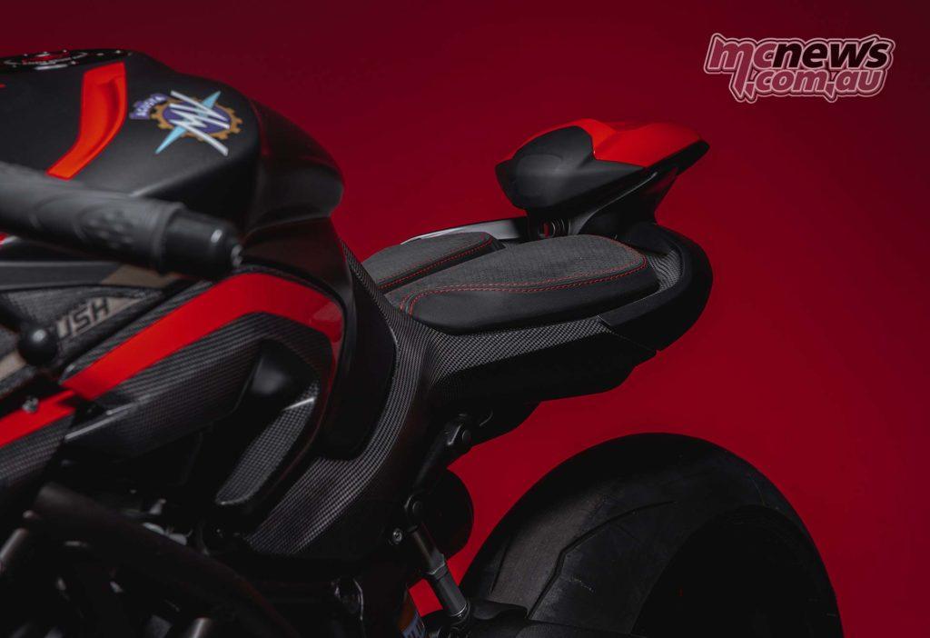 MV Agusta Rush 1000 Seat