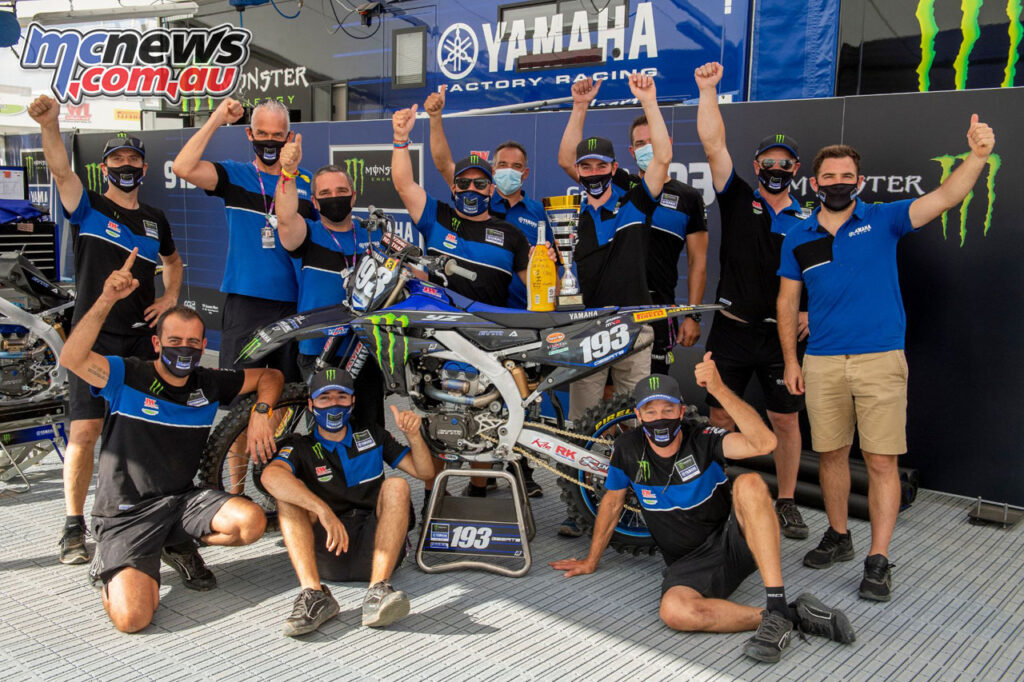 Jago Geerts and team celebrate the MX2 round win