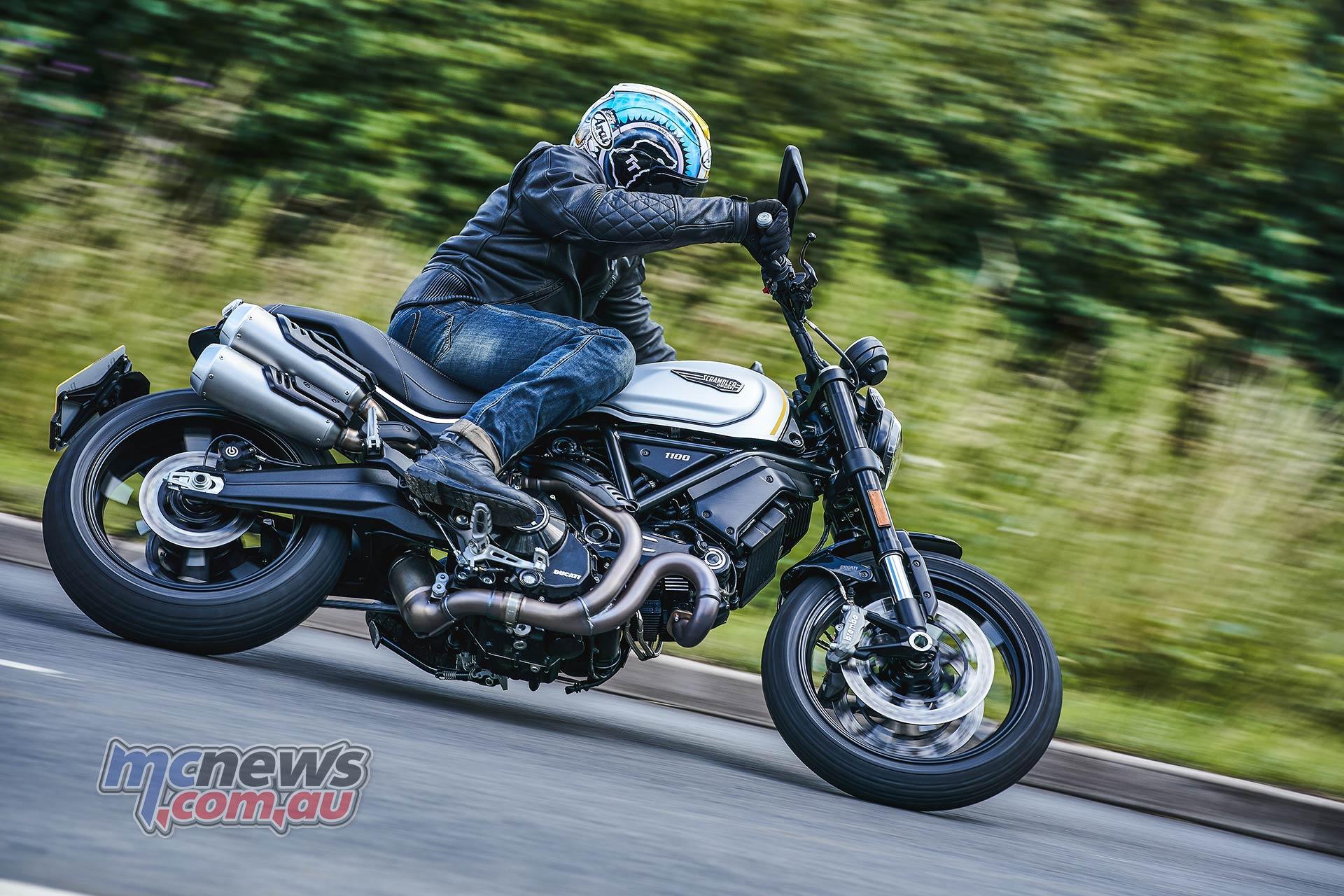 2021 Ducati Scrambler 1100 Pro has higher handlebars than the Sport Pro